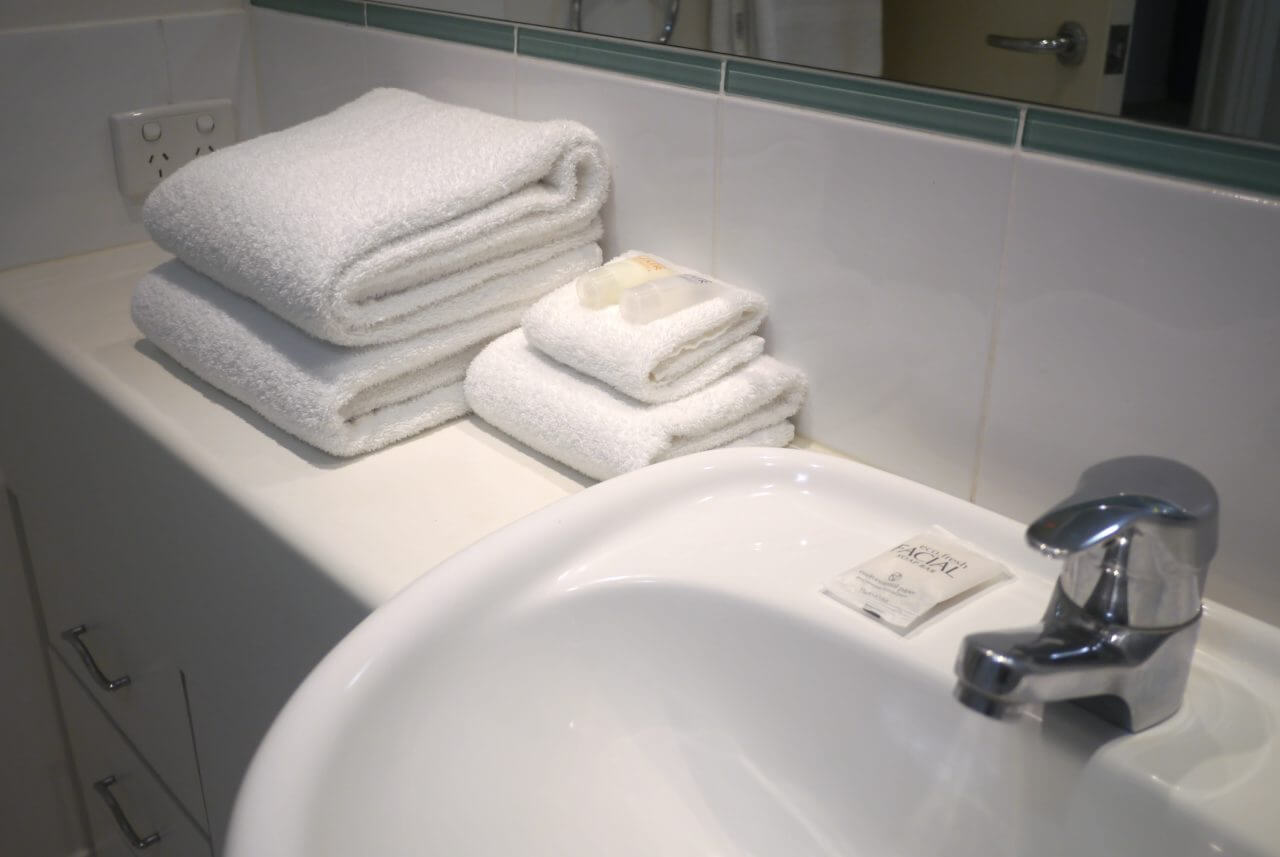 Towels & Consumables